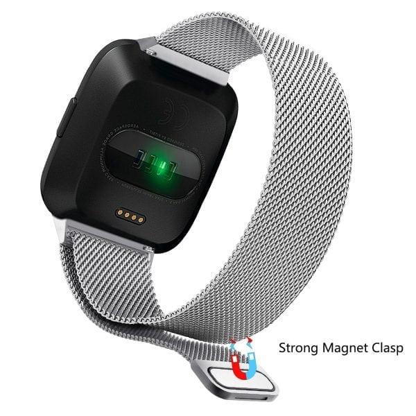 Fitbit Versa bandje milanese loop RVS zilver kleurig_004