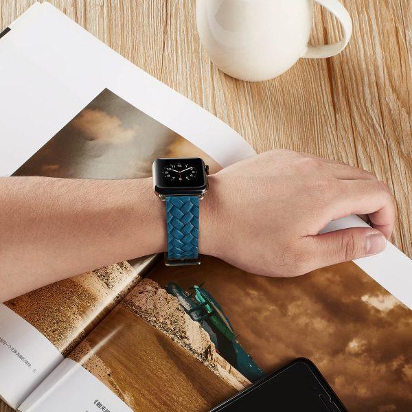 Apple Watch bandje blauw vleer gevlochten met zilverkleurige gesp5