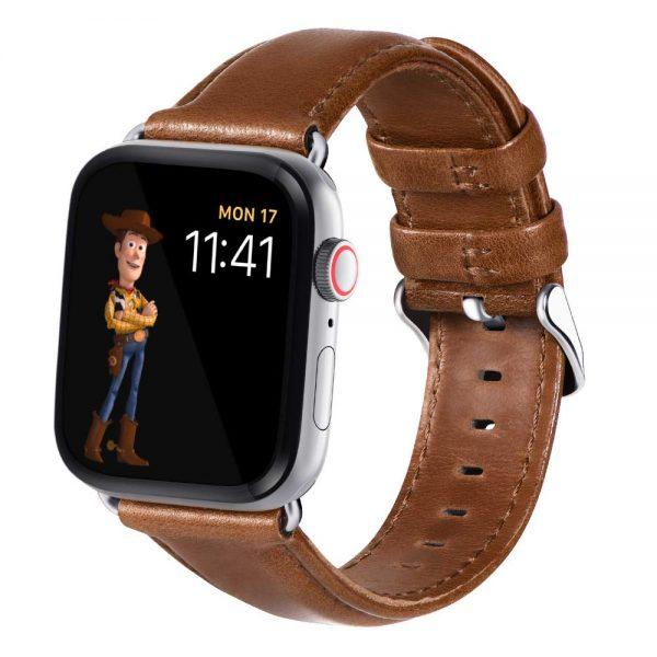 Apple-Watch-leren-bandje-bruin-met-klassieke-zilverkleurige-gesp-3.jpg